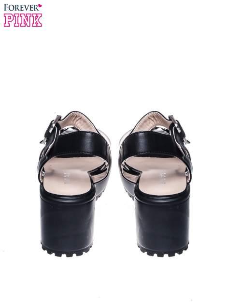Czarne sandały z klamrami na grubej traktorowej podeszwie                                  zdj.                                  3