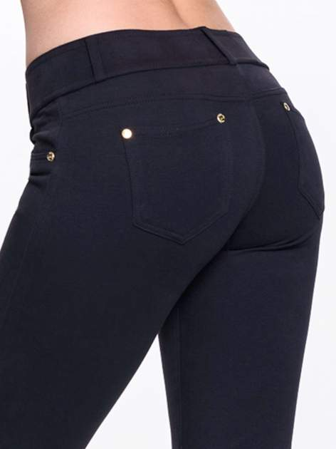 Czarne spodnie dresowe ze złotymi napami                                  zdj.                                  6