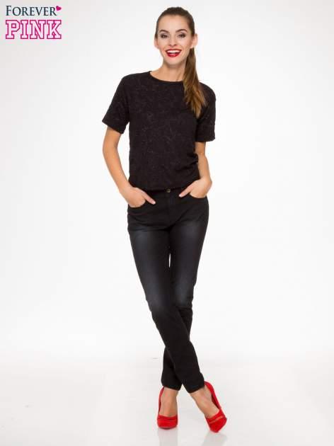 Czarne spodnie jeansowe rurki                                  zdj.                                  2