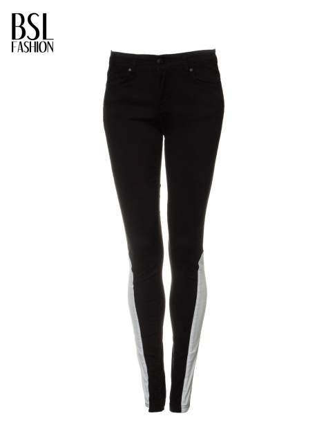 Czarne spodnie jeansowe two tone z białymi modułami na dole                                  zdj.                                  5