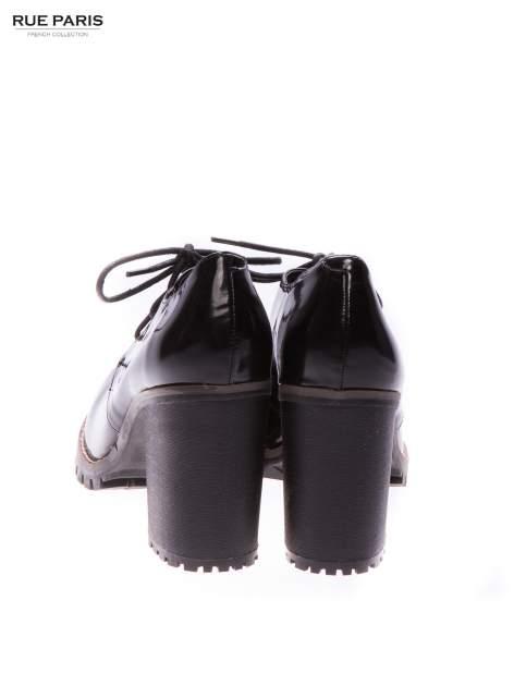 Czarne sznurowane martensy damskie na słupku                                  zdj.                                  3