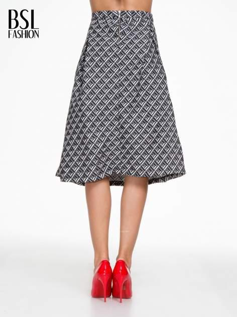Czarno-biała spódnica midi w geometryczny wzór I                                  zdj.                                  4