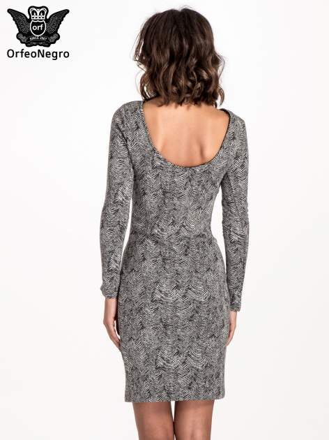 Czarno-biała sukienka z dekoltem z tyłu                                  zdj.                                  3