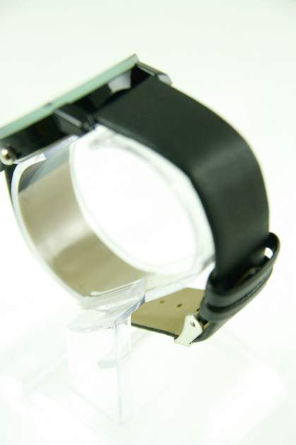 Czarno-biały zegarek damski z cyrkoniami na skórzanym pasku                                  zdj.                                  3