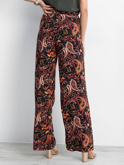 Czarno-różowe spodnie Fairytail                              zdj.                              2