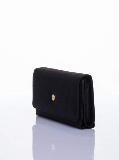 Czarny ażurowany portfel ze złotym suwakiem                                  zdj.                                  2