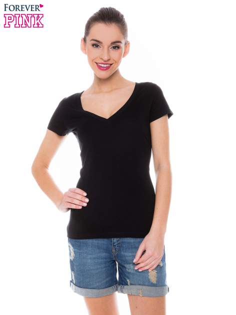 Czarny basicowy t-shirt z dekoltem w serek                                  zdj.                                  1