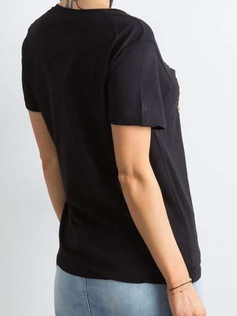 Czarny bawełniany t-shirt z aplikacją                              zdj.                              2