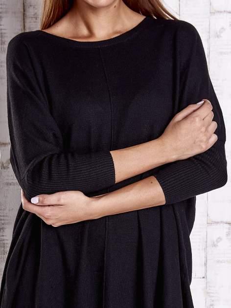 Czarny długi sweter oversize z nietoperzowymi rękawami                                  zdj.                                  5