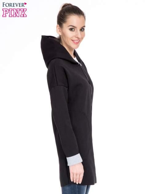 Czarny dresowy płaszcz oversize z kapturem                                  zdj.                                  3
