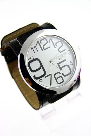 Czarny duży zegarek damski na skórzanym pasku                                  zdj.                                  1