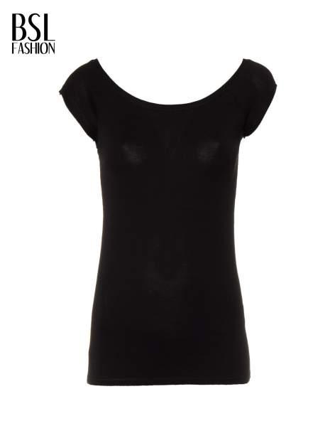 Czarny gładki t-shirt z łódkowym dekoltem                                  zdj.                                  5