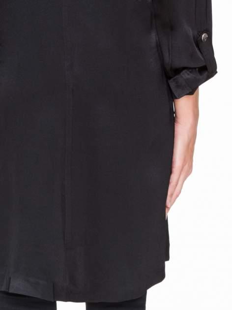 Czarny lejący żakiet z tkaniny z efektem połysku                                  zdj.                                  9