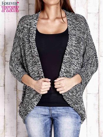 Czarny melanżowy sweter z otwartym dekoltem                                  zdj.                                  1