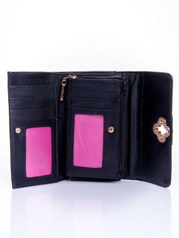 Czarny portfel z ozdobnym zapięciem                                  zdj.                                  4