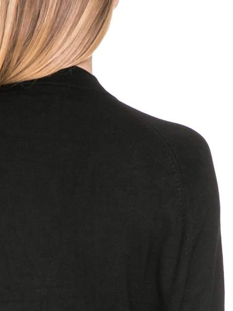 Czarny sweter kardigan z bocznymi kieszeniami                                  zdj.                                  7