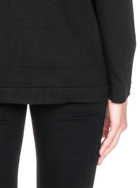 Czarny sweter kardigan z bocznymi kieszeniami                                  zdj.                                  8