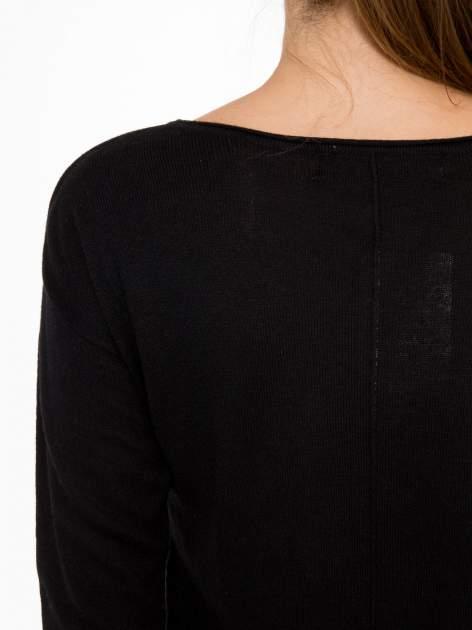 Czarny sweter z dłuższym tyłem i rozporkami po bokach                                  zdj.                                  9
