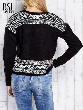 Czarny sweter z geometrycznymi splotami                                  zdj.                                  5