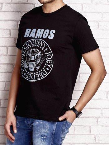 Czarny t-shirt męski z napisem RAMOS i nadrukiem                                  zdj.                                  3