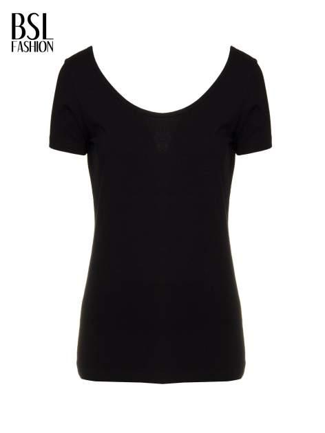 Czarny t-shirt z dekoltem na plecach                                  zdj.                                  2