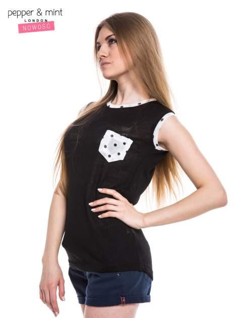 Czarny t-shirt z kieszonką i lamówką w kropki                                  zdj.                                  2