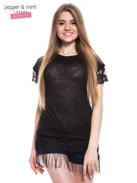 Czarny t-shirt z koronką i frędzlami w stylu boho                                  zdj.                                  1