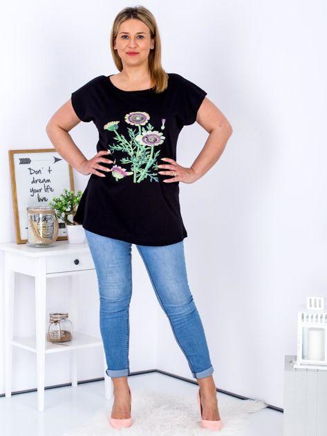 Czarny t-shirt z kwiatowym printem PLUS SIZE                                  zdj.                                  4
