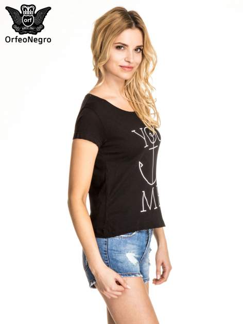 Czarny t-shirt z nadrukiem kotwicy                                  zdj.                                  3