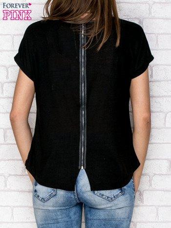 Czarny t-shirt z nadrukiem tygrysa i zipem z tyłu                                  zdj.                                  2