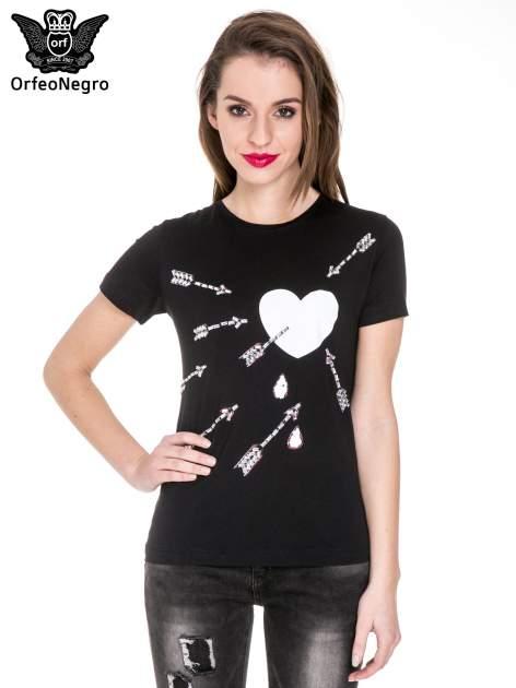 Czarny t-shirt z nadrukiem złamanego serca
