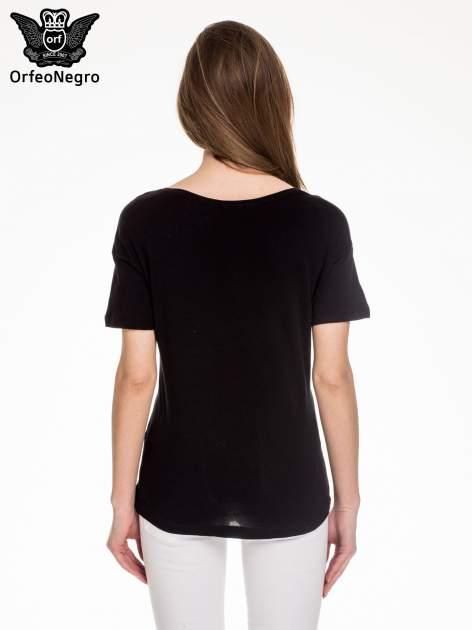 Czarny t-shirt z napisem BROOKLYN                                  zdj.                                  4