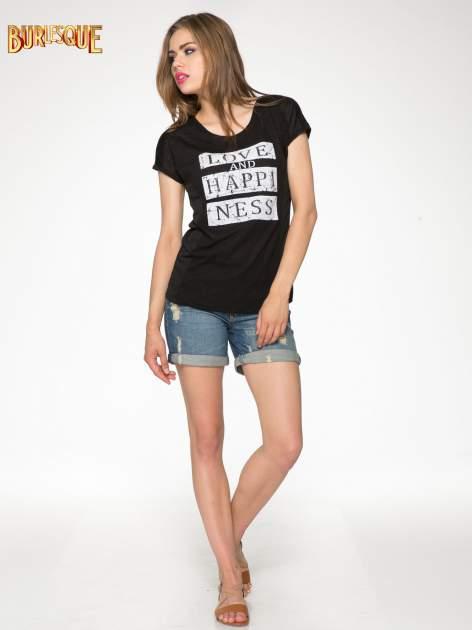 Czarny t-shirt z napisem LOVE AND HAPPINESS                                  zdj.                                  2
