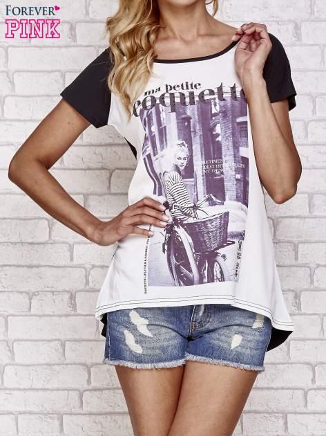 Czarny t-shirt z napisem MA PETITE COQUETTE                                   zdj.                                  1