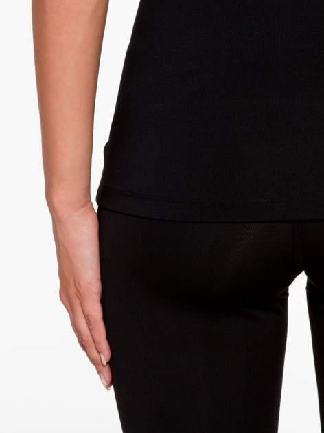 Czarny termoaktywny t-shirt sportowy z siateczką przy dekolcie z fluoróżową wstawką ♦ Performance RUN                                  zdj.                                  9