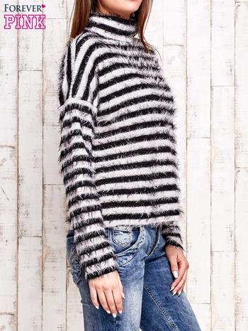Czarny włochaty sweter w paski                                  zdj.                                  4