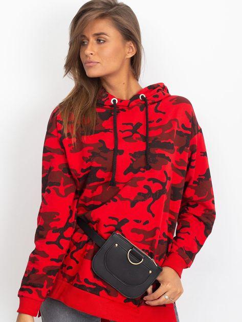 Czerwona asymetryczna bluza moro z kapturem                              zdj.                              3