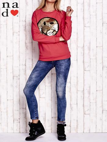 Czerwona bluza z dwustronną naszywką z cekinów                                  zdj.                                  4