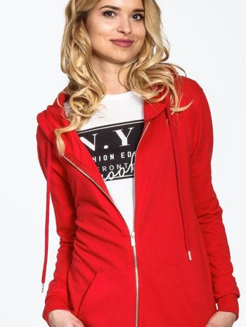 Czerwona długa bluza z kapturem                                   zdj.                                  6