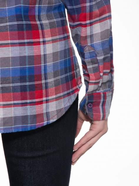 Czerwona koszula w kratę z gwiazdkami przy kieszonkach                                  zdj.                                  9