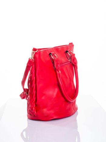 Czerwona pikowana torba na ramię                                  zdj.                                  4