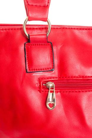 Czerwona pikowana torba na ramię                                  zdj.                                  10