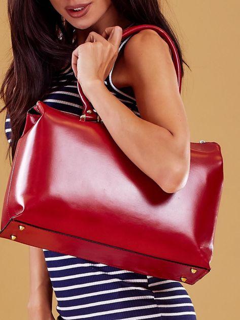 Czerwona skórzana torba damska kuferek                              zdj.                              4