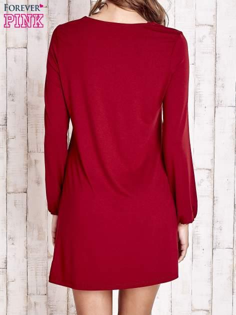 Czerwona sukienka ze sznurowanym dekoltem lace up                                  zdj.                                  4