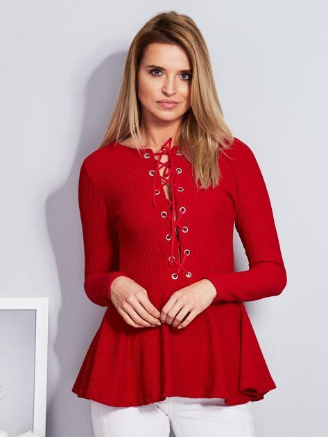 Czerwona sznurowana bluzka z baskinką                                  zdj.                                  1