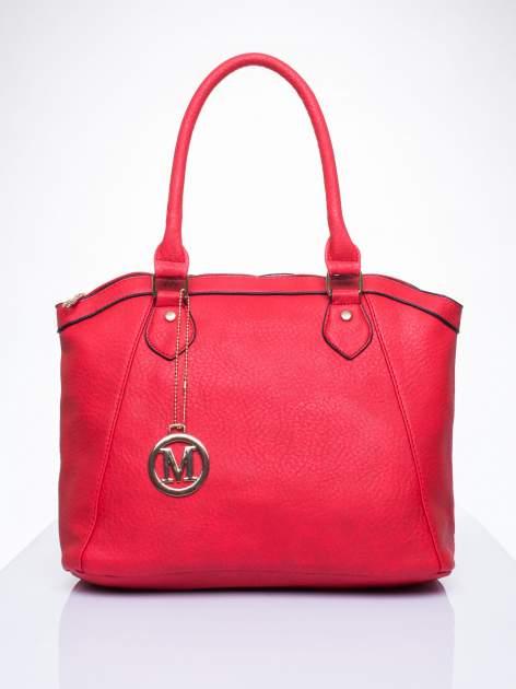 Czerwona torba miejska ze złotą zaiweszką                                  zdj.                                  1