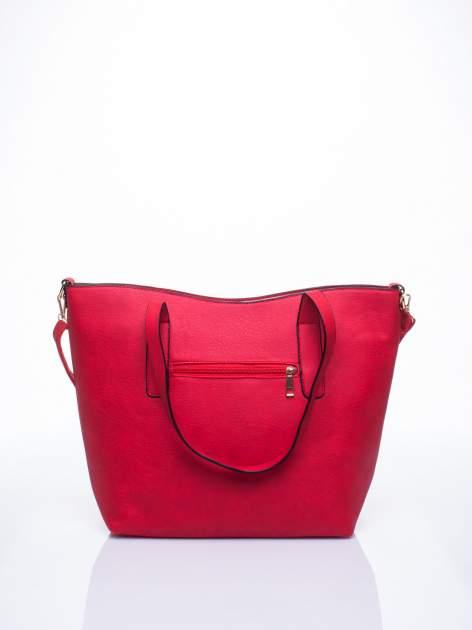 Czerwona torba na ramię ze złotym emblematem                                  zdj.                                  3