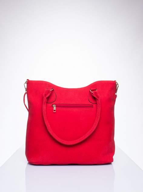 Czerwona torba shopper bag ze złotymi okuciami przy rączkach                                  zdj.                                  3