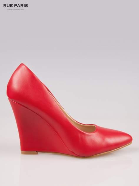 Czerwone koturny z noskiem w szpic                                  zdj.                                  1
