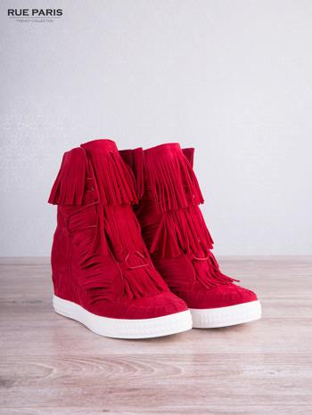 Czerwone zamszowe sneakersy Aravia z frędzelkami na koturnach                                  zdj.                                  5